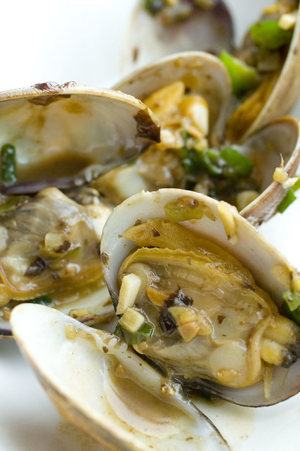 Clams in Black Bean Sauce 3