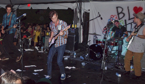 07.14.12 Black Lips @ Beekman Beer Garden (14)