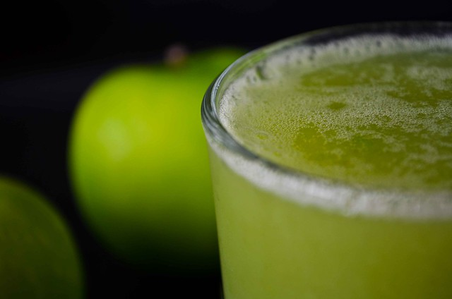 Green Apple & Celery Juice.jpg
