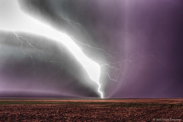 My Blog Verwandt Mit Lightning: Lightning: Up Close And Personal