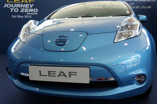 nissan leaf - all electric car-023