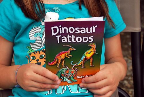 Dino - trinkets