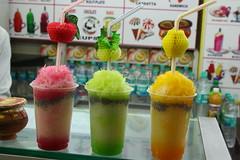 ice cream(0.0), shave ice(0.0), produce(0.0), milkshake(0.0), alcoholic beverage(0.0), slush(1.0), food(1.0), drink(1.0), dessert(1.0),