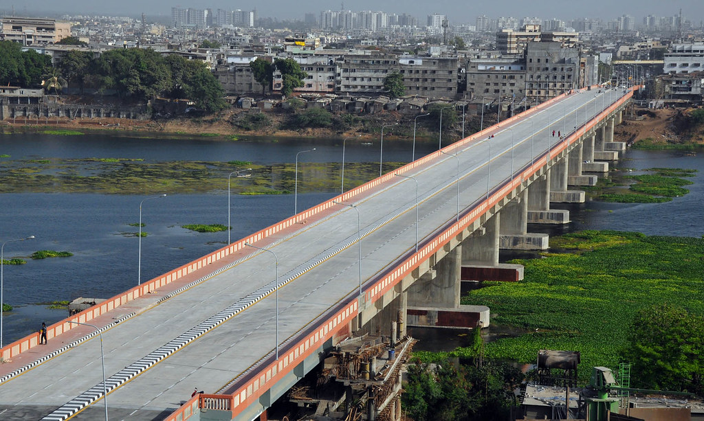 In Picture The City Of Surat Gets A New River Bridge Over