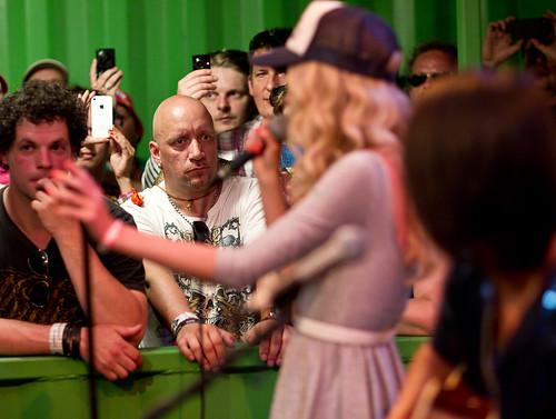 Pinkpop 2012 mashup foto - Ja... Er is ook publiek. Speciaal.