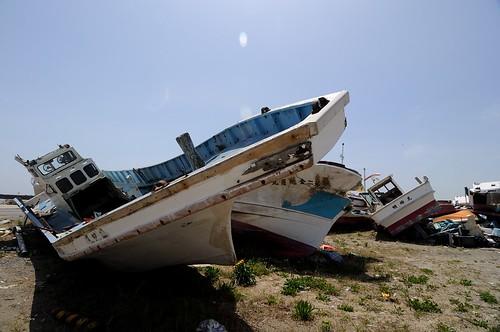 壊れた漁船