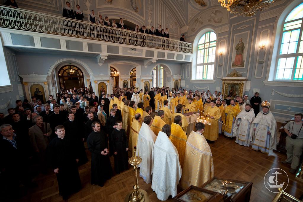 17 июня 2012, Божественная Литургия в Неделю 2-ую по Пятидесятнице, Всех святых в земле Российской просиявших