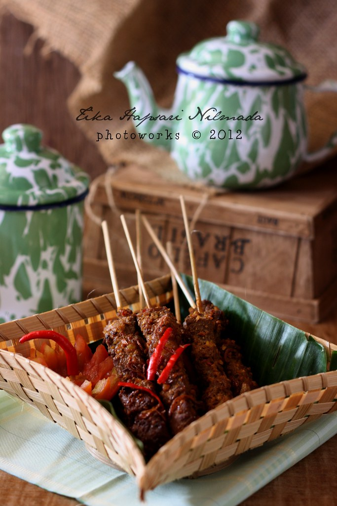 Sate Asem Betawi / Sour beef satay