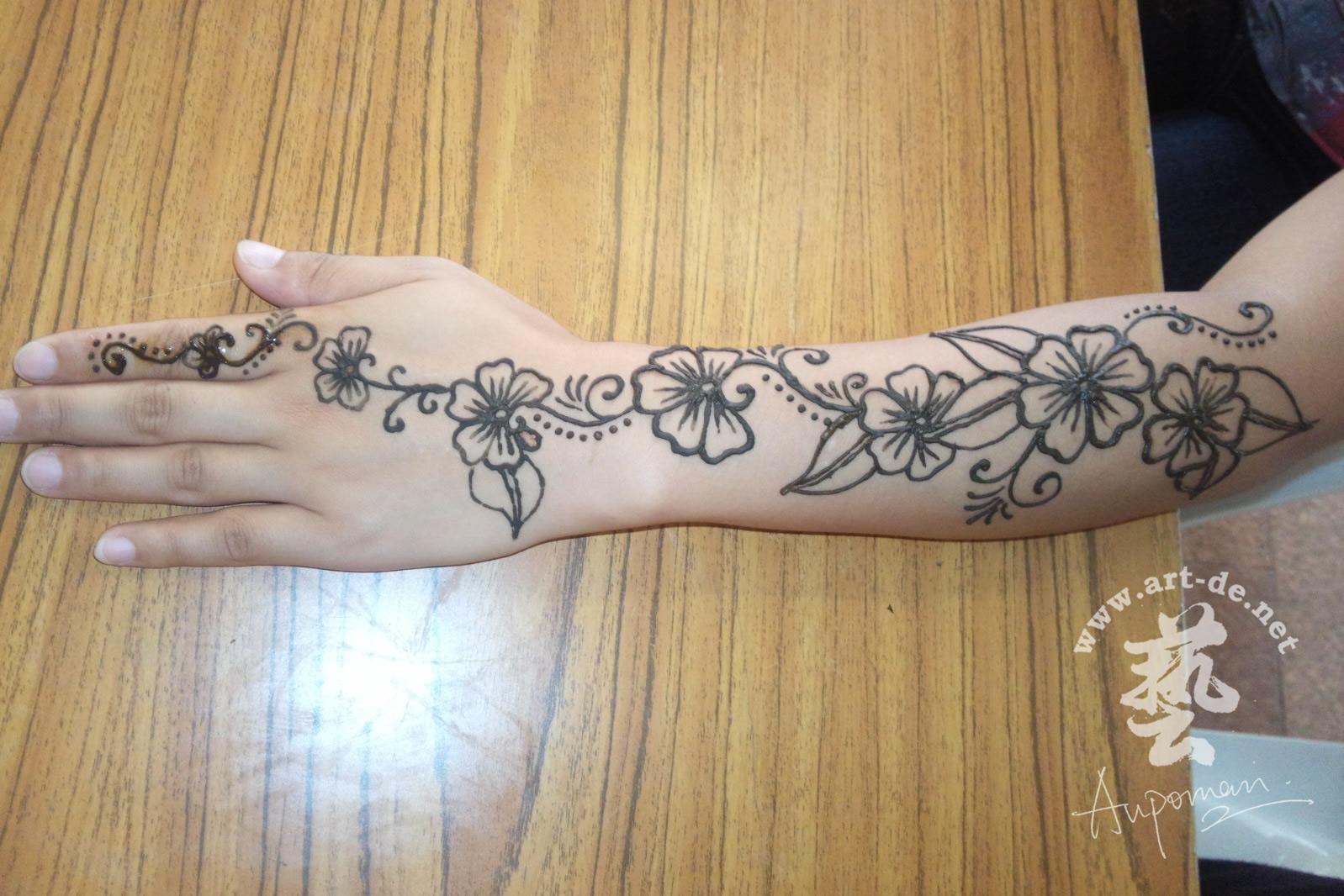 lower arm henna tattoos. Black Bedroom Furniture Sets. Home Design Ideas