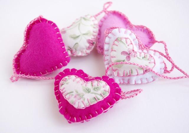 Pink felt heart garland - felt heart garland - guirlande feutrine by CocoFlower