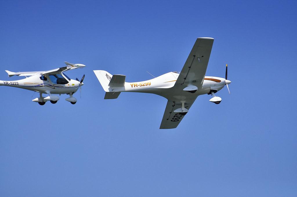AeroNautic Show Surduc 2012 - Poze 7502220614_bb0c53e847_b