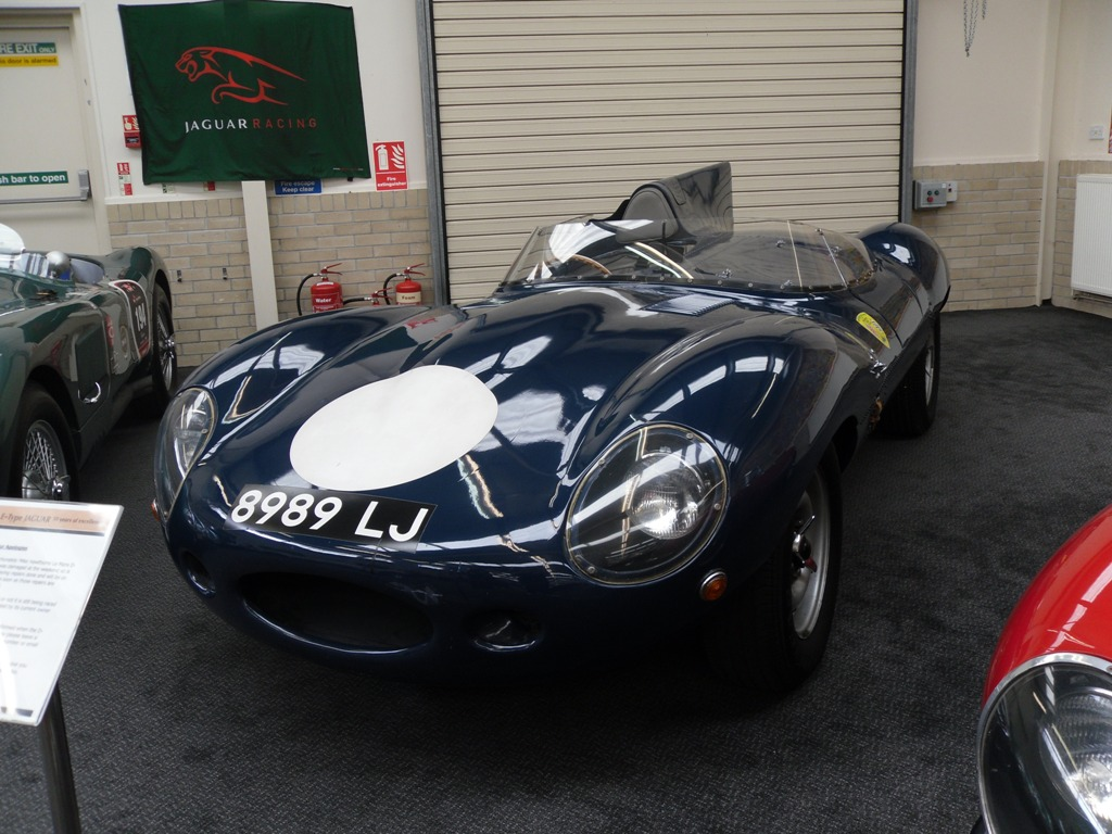 1988 Jaguar D-Type Long Nose Replica – 8989 LJ | This replic