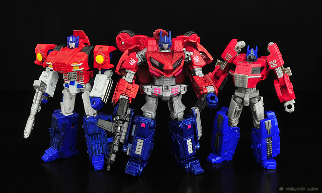 Cybertronian Optimus Primes