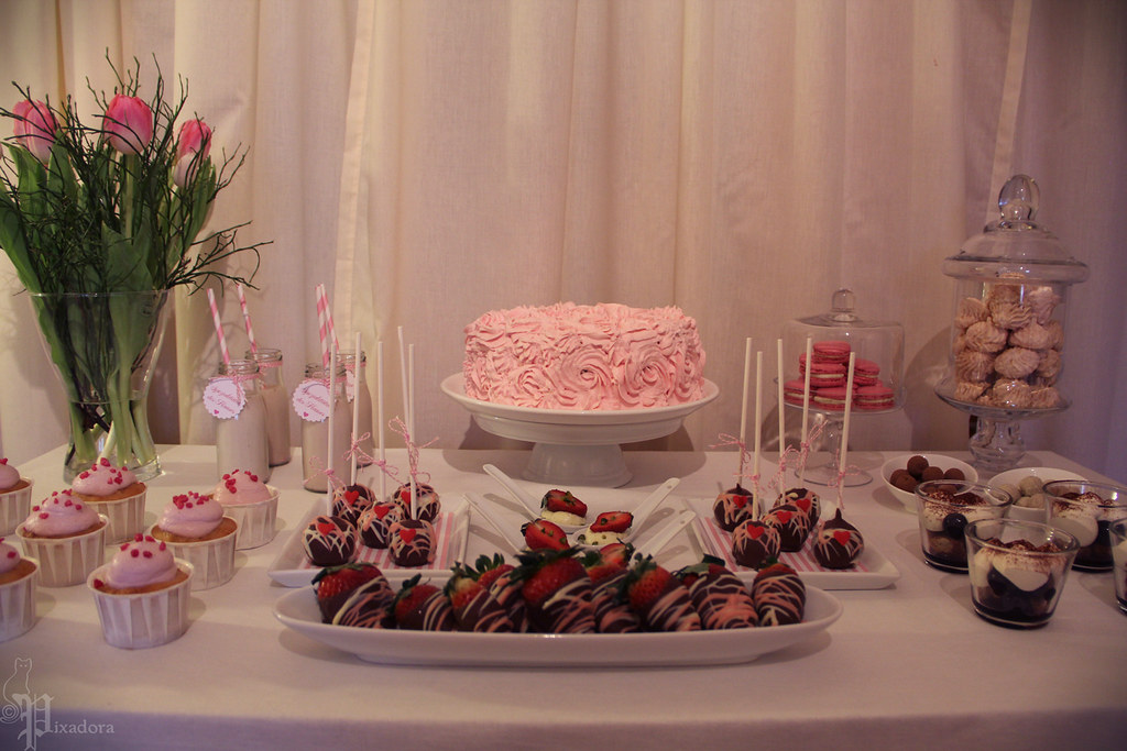 Pretty in Pink Candy Bar | Maria | Flickr