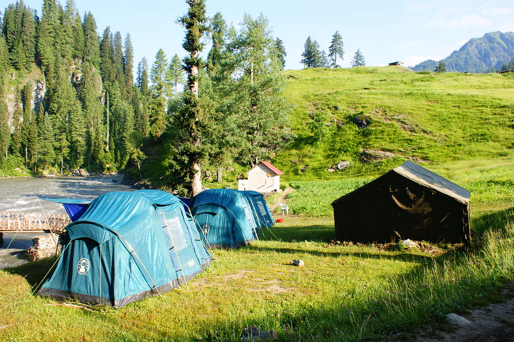 """MJC Summer 2012 Excursion to Neelum Valley with the great """"LIBRA"""" and Co - 7607897022 872a211305 b"""