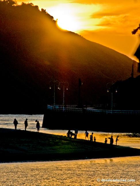 La villa de ribadesella itinerario por ribadesella qu - Marisquerias en asturias ...