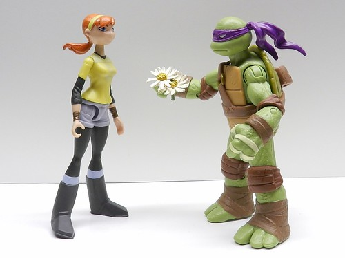 Ninja Turtles Donatello loves April