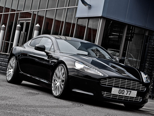 Aston Martin Rapide by Kahn Design