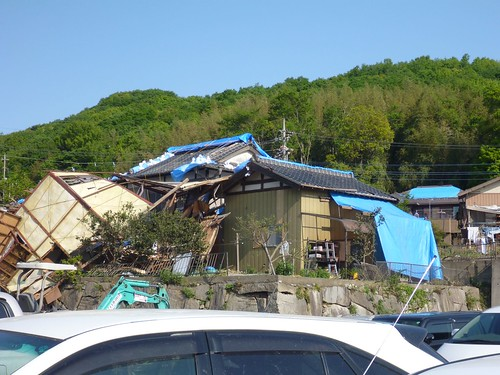 つくば市北条で竜巻災害ボランティア Day1 (援人) Volunteer work @ Hojo, Tskukuba-city, Destroyed by the Tornado of May 6 2012