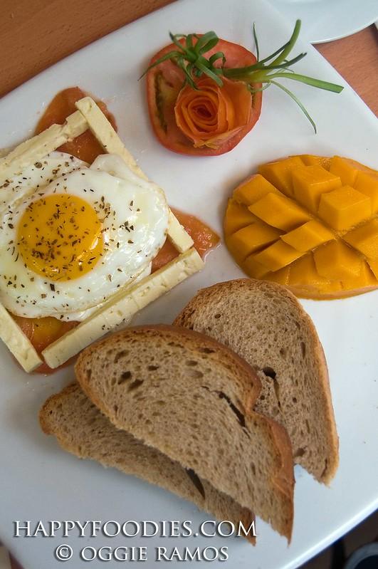 Cafe del Sol Mediterranean Breakfast