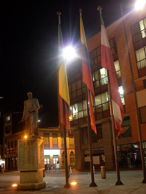 Imagen de la Plaza de Bolívar en Calarca, Quindio