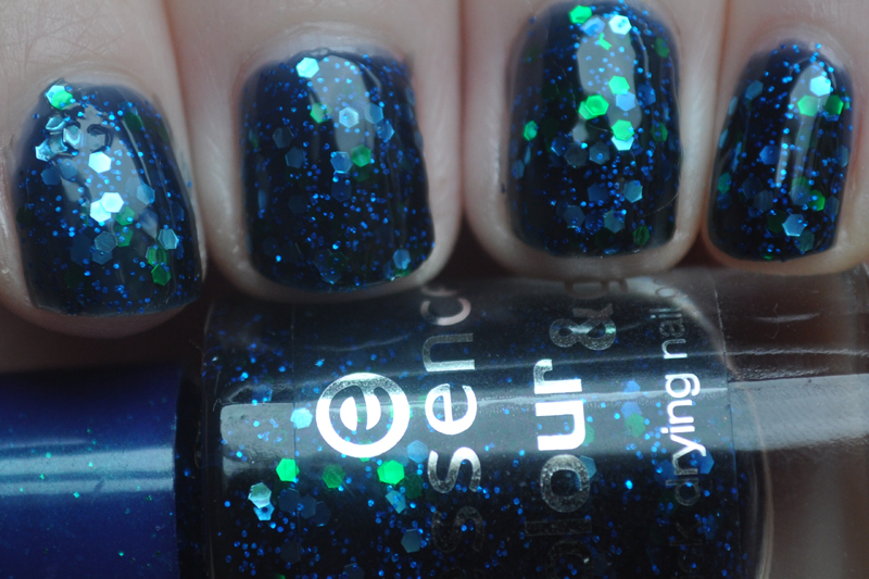 essence blue addicted nail polish notd