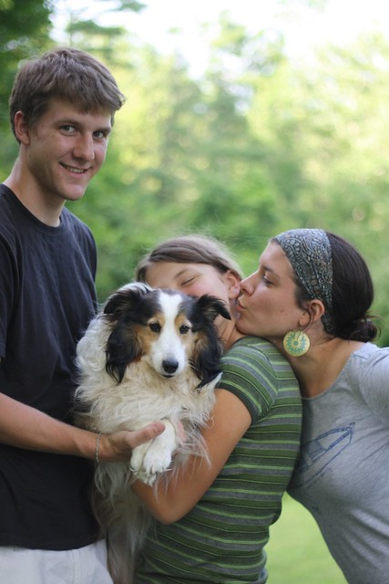 siblings + puppy
