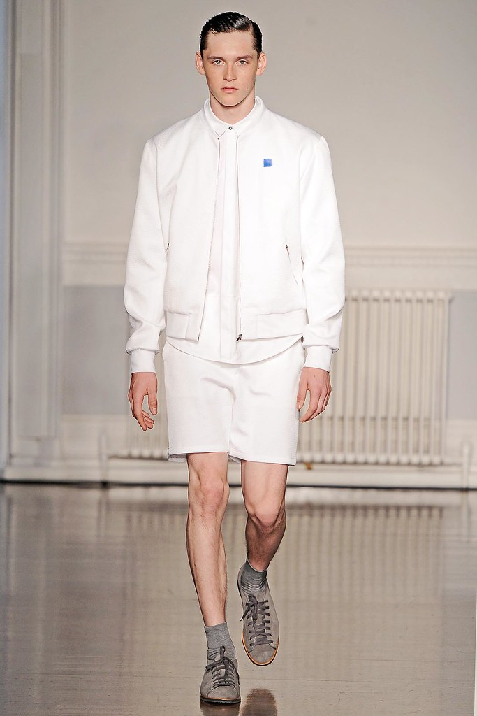SS13 London Richard Nicoll001_Anders Hayward(VOGUE)