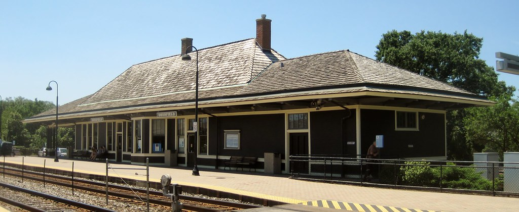 Deerfield - Northwest Suburbs  Illinois