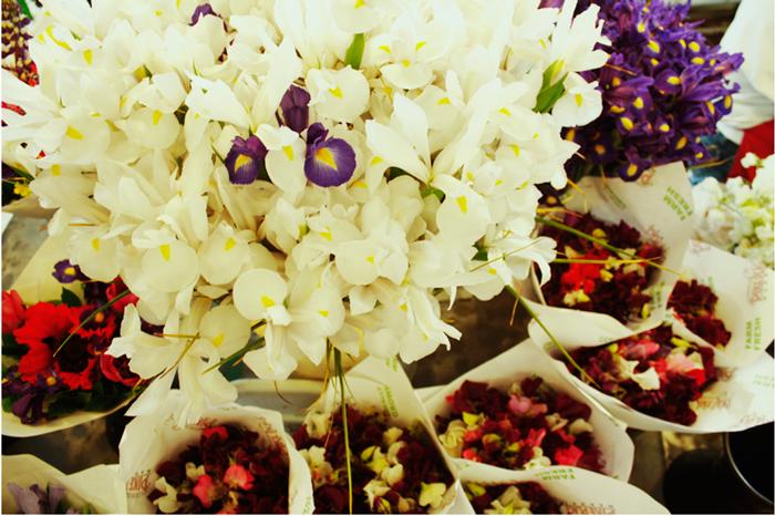 {fresh} flowers