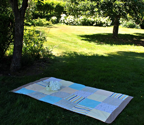 Seaside & Chevron Laminate  Hand-tied Picnic Quilt