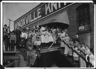 All are workers in Knoxville Knitting Mills. Smallest boy ravels, smallest girl is a steady worker. Knoxville, Tenn, December 1910