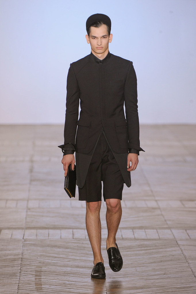 SS13 Paris Juun J.017_Senad Hoyer(fashionising.com)