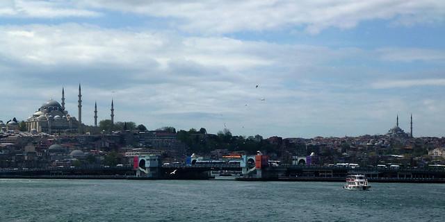 Istanbul - avril 2012 - jour 6 - 027 - Süleymaniye Camii depuis le Bosphore