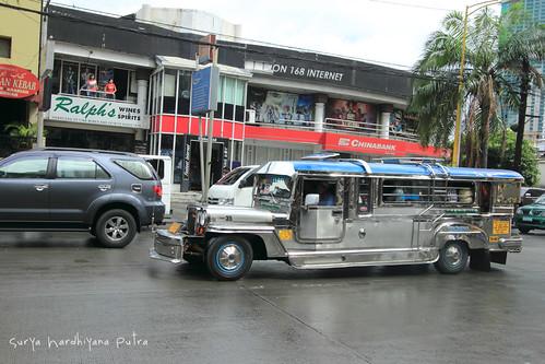 Jeepney, Kendaraan Umum khas Philipina