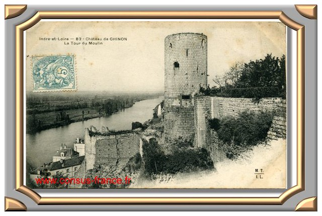 CHINON_Chateau_Tour_MTIL-70-150_000