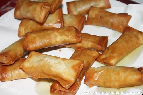 Minirollitos de cerdo y jengibre con salsa agridulce (1)