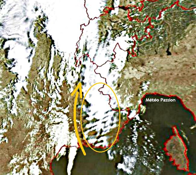 image satellite du foehn le 23 juillet 2009 à 10 heures météopassion