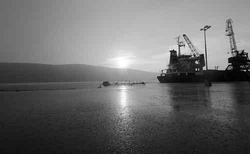 sunset bw rain noir ship croatia