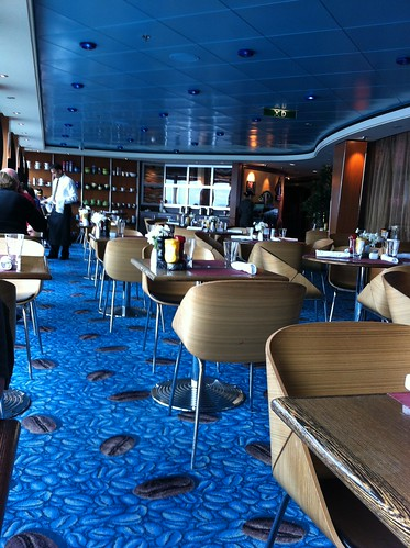 Norwegian Pearl - Blue Lagoon Lounge