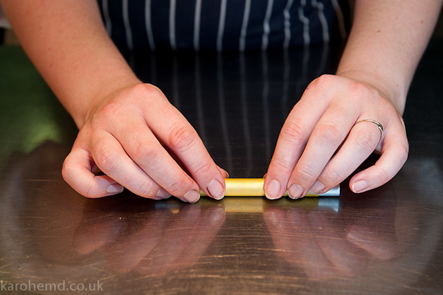 Rolling the apricot cannelloni