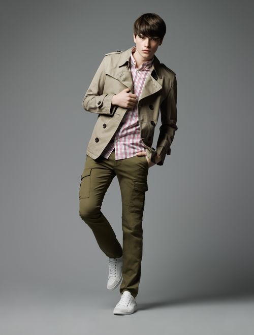 Hugh Vidler0014_Burberry Black Label SS12