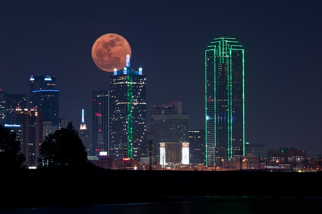 Dallas Skyline and the supermoon