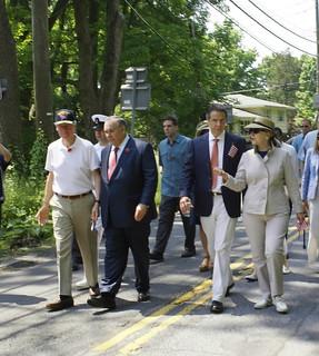 L-R Bill Clinton, Bob Castelli, Andrew Cuomo, Hillary Clinton-1