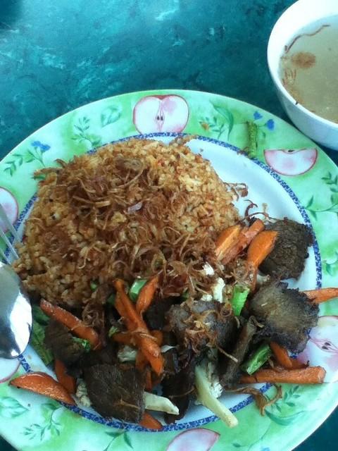 Nasi Goreng Daging Kunyit