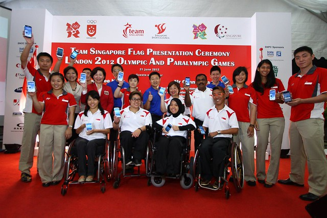 Team Singapore Olympians and Paralympians and Samsung Group Shot