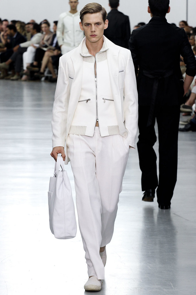 SS13 Milan Corneliani031_Johannes Niermann(VOGUE)