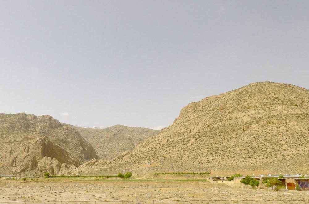 yazd-shiraz-L1030130