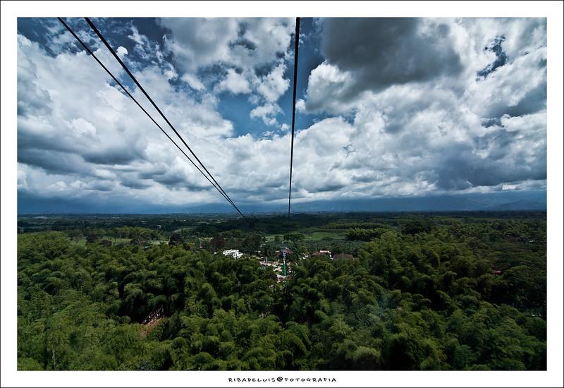 Imagen de la vista sobre el Parque Nacional del Café desde el teleférico