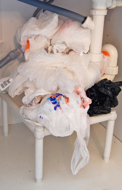 Organizer for plastic bags_004